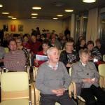 Virolaista makkaraa kuuntelemaan oli tullut väkeä sankoin joukoin!